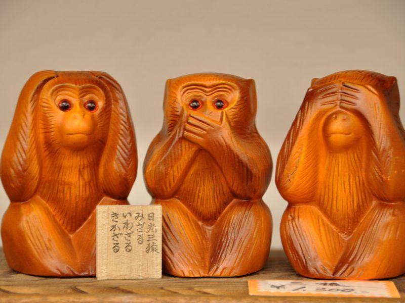 Tre vise aper